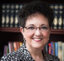 Author Luana Ehrlich