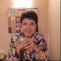 Author Janet Doolaege