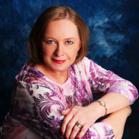 Author Connie Suttle