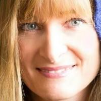 Author Amanda Mackey
