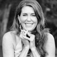 Author Jennifer Irwin