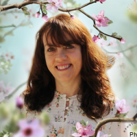 Author Cheryl R. Lane