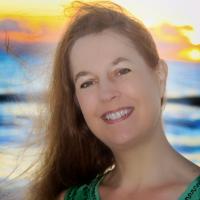 Author Brenda Hiatt