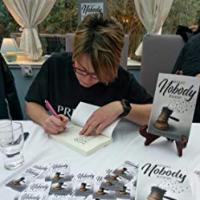 Author Amelia Hendrey