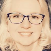 Author Jennifer Rose