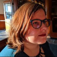 Author Tori Hughes